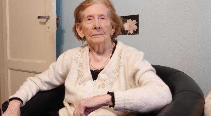 Simone De Brito, une centenaire qui n'en a pas l'air!